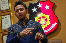Polisi Resmi Tetapkan Mantan Anggota Dewan Pencabul Anak Kandung Jadi Tersangka - JPNN.com