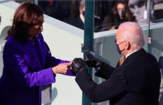 Fakta-Fakta Pelantikan Joe Biden dan Kamala Harris: Bersumpah di Depan Injil Berusia 123 Tahun - JPNN.com