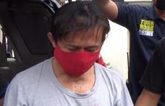 Pamer Kemaluan kepada Istri Isa Bajaj, Terancam 10 Tahun Penjara - JPNN.com