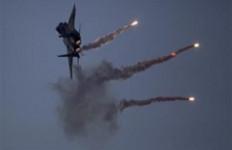 Pertahanan Udara Suriah Duel Melawan Rudal Israel di Langit Hama, Siapa Pemenangnya? - JPNN.com