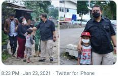 Saat Fadli Zon Bertemu Fadli Zon Kecil di Lokasi Banjir, Langsung Foto Bareng - JPNN.com