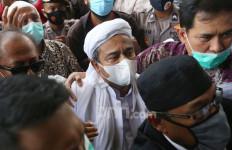Rizieq Shihab Siap-siap jika Densus 88 Tangkap Munarman - JPNN.com