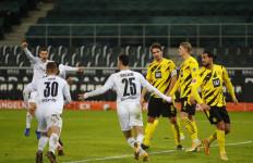 Gladbach Terobos 4 Besar Setelah Tumbangkan Dortmund - JPNN.com
