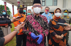 Sambut Kedatangan Enam Jenazah, Sutarmidji Beri Pesan ke Sriwijaya Air - JPNN.com