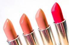 4 Trik Memilih Lipstik dengan Warna Nude Agar Tampilan Anda Lebih Menawan - JPNN.com