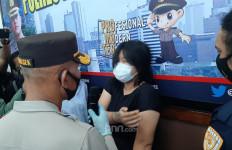 Begituan di Halte Bus, Mbak MA Terancam Dipenjara Berapa Lama? - JPNN.com