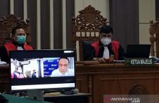 Pengadilan Tipikor Hukum Ayatullah Humaini Lebih Berat dari Tuntutan Jaksa - JPNN.com