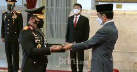 Listyo Sigit Menunduk ke Jokowi, Lalu...