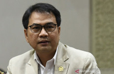 5 Berita Terpopuler: Azis Syamsuddin, Daftar KPK, Gaji dan Tunjangan Guru di Indonesia - JPNN.com