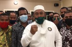 Gubernur Murad Ismail Undang Persebaya Memantau Pesepak Bola Muda Maluku - JPNN.com
