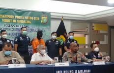 Polisi Menyamar, Sabar, Agak Alot, Akhirnya Berhasil - JPNN.com
