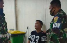 Ari Berseragam TNI Saat Dijemput Anggota Kodim di Kamar Kos, Ada Perempuan, Tak Disangka Ternyata - JPNN.com