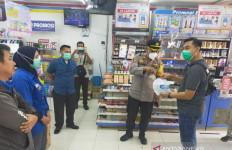 Minimarket di Bekasi Dirampok, Karyawan Disekap - JPNN.com