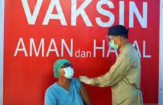 11 Ribu Tenaga Kesehatan sudah Menerima Vaksinasi Covid-19 Tahap Dua - JPNN.com