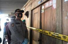 Sekeluarga di Blitar Ditemukan Tewas Mengenaskan, AKBP Leonard Beri Penjelasan Begini - JPNN.com