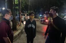 Geng Motor Jadi Begal, Tusuk Remaja dan Rampas Uang Rp10 Ribu - JPNN.com