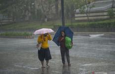 Prakiraan Cuaca di Jabodetabek Hari Ini, Ada Peringatan untuk Warga Bodebek - JPNN.com