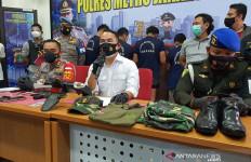 Mengaku Paspampres dan Pakai Atribut TNI, Residivis Penipuan Ini Diciduk Polisi - JPNN.com