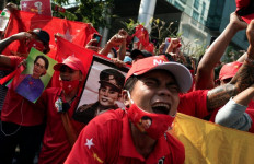 Jaringan Internet Myanmar Tersambung, Demo Antimiliter Makin Besar - JPNN.com