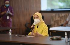 Intan Fauzi DPR Minta Pemerintah Batalkan Rencana Pemotongan Insentif Tenaga Kesehatan - JPNN.com