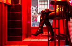 Lokasi Prostitusi Dipindah di Luar Kota, Para PSK Protes, Takut Kehilangan Pelanggan - JPNN.com
