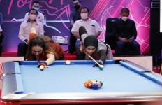 Hot Nine Sabtu Malam, Nony Krystianti Andilah Vs Poppy Puspita - JPNN.com