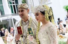 Ali Syakieb dan Margin Wieheerm Tunda Bulan Madu ke Tanah Suci - JPNN.com