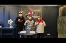 Pembalap Depok Ini Akhirnya Resmi Dipinang Mandalika Racing Team Indonesia - JPNN.com