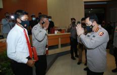 Dua Personel Polda Bali Terima Penghargaan dari Kapolri Jenderal Listyo - JPNN.com