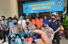 Lagi, Polisi Tangkap Sindikat Penyelundup 40.500 Benih Lobster Senilai Rp 6 Miliar - JPNN.com