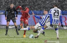 Hujan Salju Warnai Duel Hertha Berlin Vs Bayern - JPNN.com