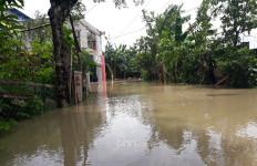 Siaga 1, Kota Bekasi Mulai Tergenang Banjir - JPNN.com