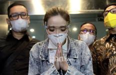 Tersandung Kasus Video Syur, Gisel Batal Nikah dengan Wijin? - JPNN.com