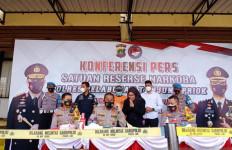 Ridho Rhoma Simpan Tiga Butir Ekstasi dalam Bungkus Rokok - JPNN.com