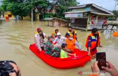 Banjir di Bekasi Menelan Korban Jiwa - JPNN.com