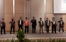 Richard Pasaribu Minta Pemerintah Pusat Berdayakan Batam Setara Singapura - JPNN.com