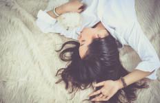 Opps, Pola Tidur Ternyata Berpengaruh Terhadap Kesuburan Wanita Lho - JPNN.com