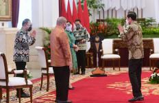 Peringati HPN 2021, Auri Jaya Tagih Utang Presiden Jokowi - JPNN.com