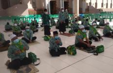 Jemaah Umrah Penghargaan KSAD Kirim Doa Khusus - JPNN.com