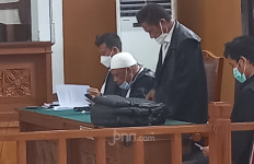 Gus Yaqut dan Said Aqil Absen, Hakim Toto Tunda Sidang Untuk Terdakwa Gus Nur - JPNN.com