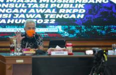 Ganjar Minta Warga Jateng Menyampaikan Usulannya lewat Dua Kanal ini - JPNN.com