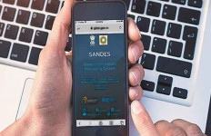 India Bikin Sendiri Aplikasi Mirip WhatsApp - JPNN.com