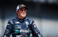 Apes, Pembalap Formula 1 Ditabrak Mobil saat Bersepeda - JPNN.com