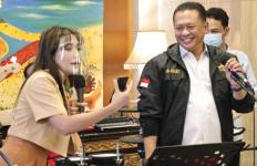 Bamsoet Bersama Ayu Dewi Undi Giveaway Putaran ke-18, Inilah Daftar Pemenangnya - JPNN.com