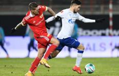 Schalke Tampil Agresif Lawan Union Berlin, Hasilnya ya Begitu Deh - JPNN.com