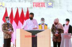 Jokowi Resmikan Bendungan Tukul di Pacitan, untuk Pengendalian Banjir hingga Penyedia Air Baku - JPNN.com