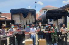 Bea Cukai dan Polri Gagalkan Penyelundupan Rokok Ilegal Terbesar di Sumatera Barat - JPNN.com