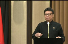 Di Hadapan Para Pejabat Kepolisian, MenPAN-RB Tjahjo Disambut Tepuk Tangan - JPNN.com