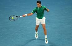 Novak Djokovic Harus Marah dan Banting Raket dulu Baru Masuk Semifinal - JPNN.com