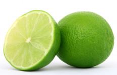 Ingin Sehat, Mulai Hari Anda dengan Minum Air Jeruk Nipis Campur Garam - JPNN.com